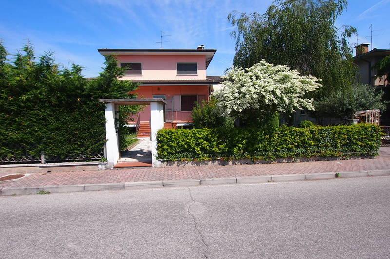 Gabetti - Agenzia Immobiliare Verona - Appartamento in trifamiliare, in affitto a Vigasio