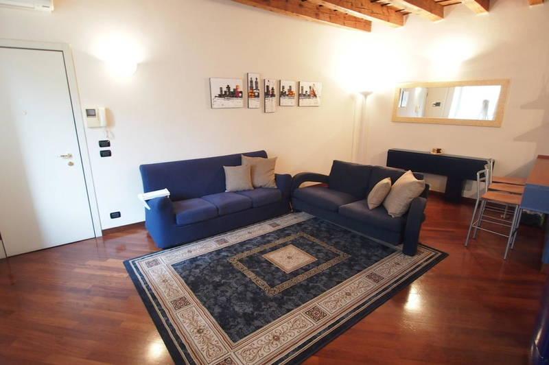 Gabetti - Agenzia Immobiliare Verona - Trilocale arredato con posto auto in ZTL