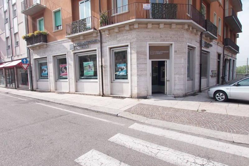 Negozio d'angolo in Borgo Venezia