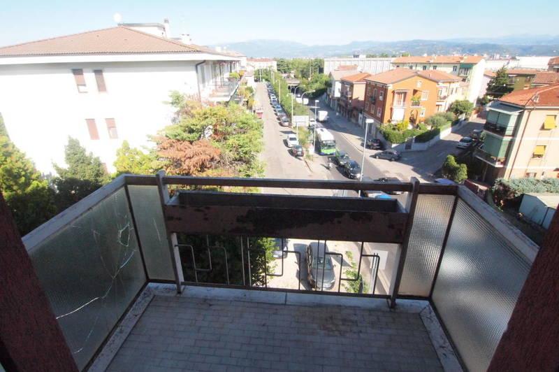 Verona, S.Lucia, quarto piano in vendita