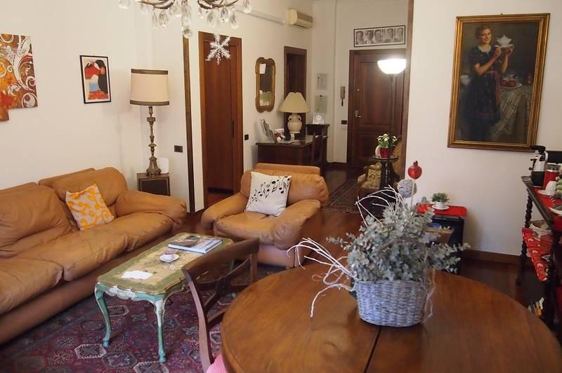 Verona, centro storico, ampio appartamento in affitto